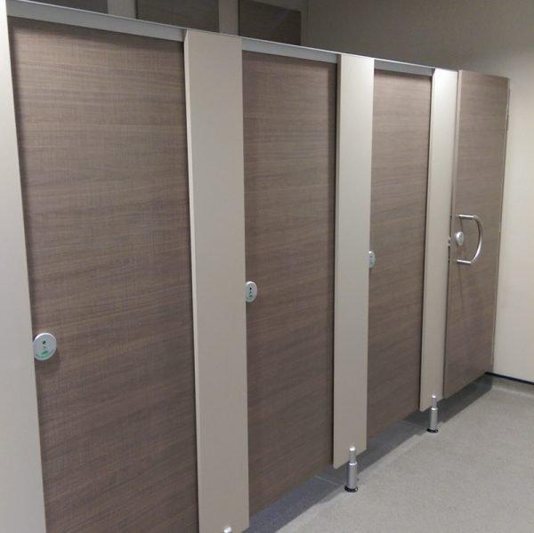 Toilet Cubicles Q18
