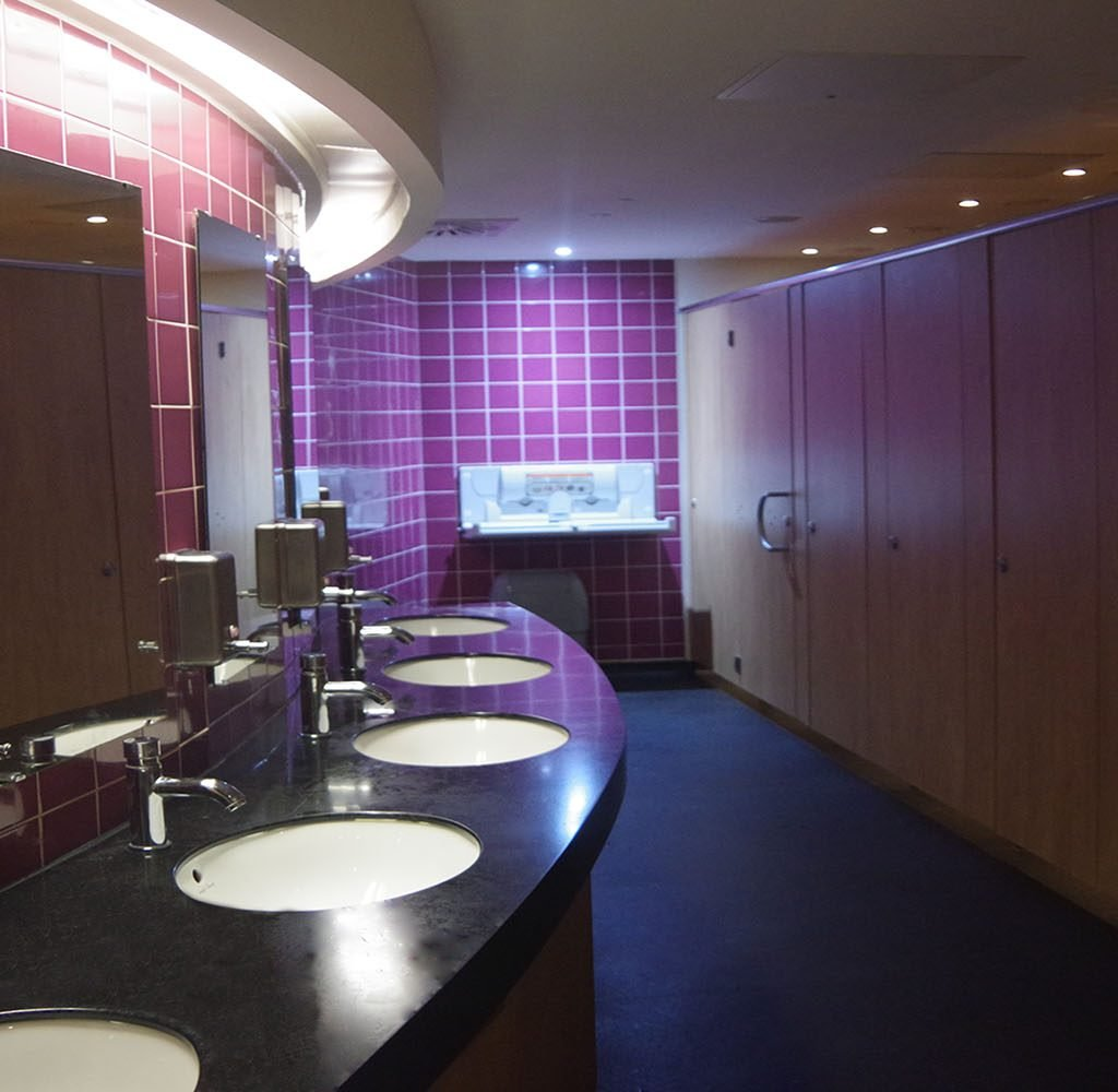hospitality washroom manufacturer